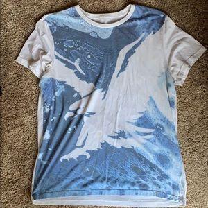 Aw t shirt